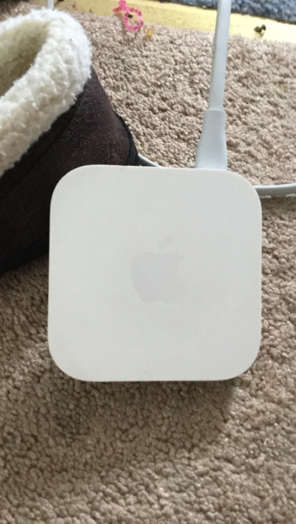 Apple Express (router) Wireless N