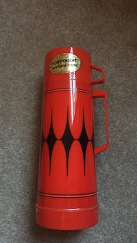 Vintage red and black Argyle thermos Cunningham, 37052