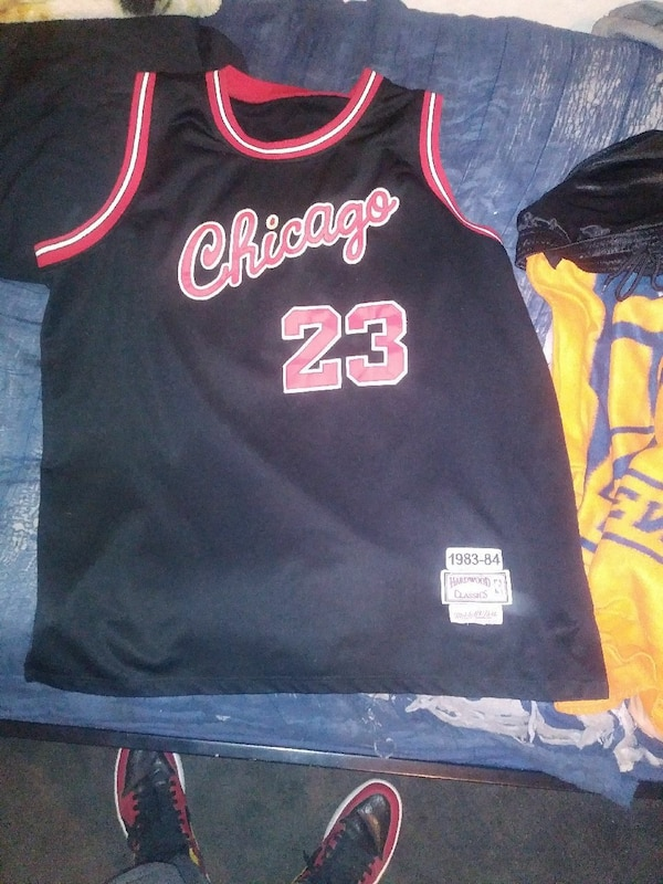 4b24d791927 Used black and red Chicago Bulls 23 basketball jersey shirt for sale in San  Bernardino - letgo