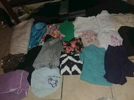 20 pieces of large & xl womens girls clothes 20$