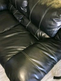 black leather 3-seat sofa Pearland, 77584