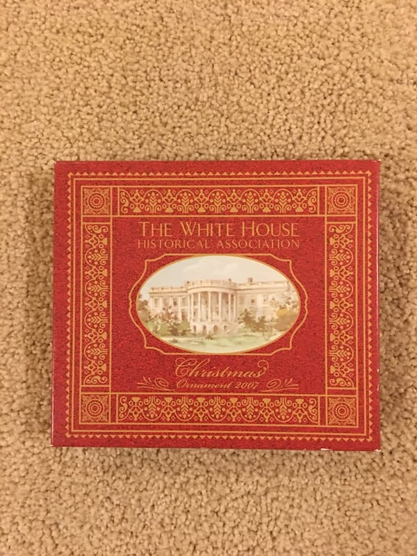 White House Christmas ornament (2007) 0