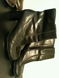 Black boots-size 7 1/2