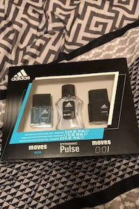 Men's Adidas Trio Box London, N5Y 2A7