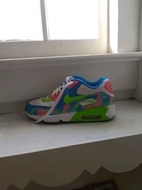 blue-and-green Nike running shoes Lima, 45805