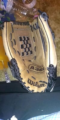 Wilson softball glove Hagerstown, 21740