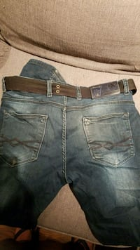 Mens jeans  St. Catharines, L2M 7Y9