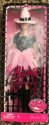 Mattel Barbie Fashion Spell Halloween Never been open, great condition  CASH ONLY $25.00 Orange, 92867