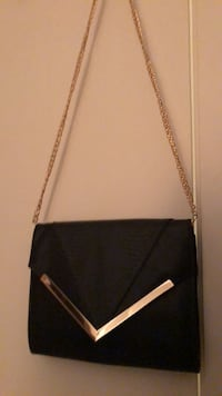 black leather crossbody bag with gold chain link necklace Surrey, V3T 0C9