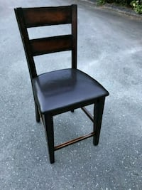 4 counter height chairs Anmore, V3H 5G6