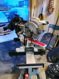 "New maximum 12""dual bevel sliding compound miter saw $400 with miter s"