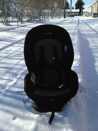 black and gray car seat carrier Edmonton, T5M 2R1