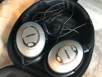 bose acoustic noise cancelling headphones Burnaby, V5J 4A7