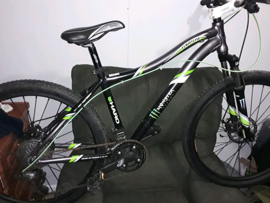 Photo Haro 29 inch Mountain Bike