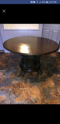 round brown wooden pedestal table Lawrence, 01843