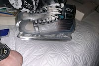 Senior size 10 Bauer Vapor  XTV London, N5Z 3Y7