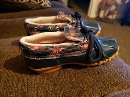 Girls size 13 Med Sperry duck shoes
