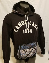 Roots hoodie size M 15$
