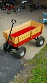 Like new little red wagon with rubber tires Brookville, 45309
