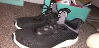 adidas  alpha bounce sneakers  size 4.5 womens Greenville, 03048