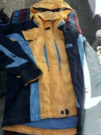 blue and brown zip-up jacket Sun Valley, 89433