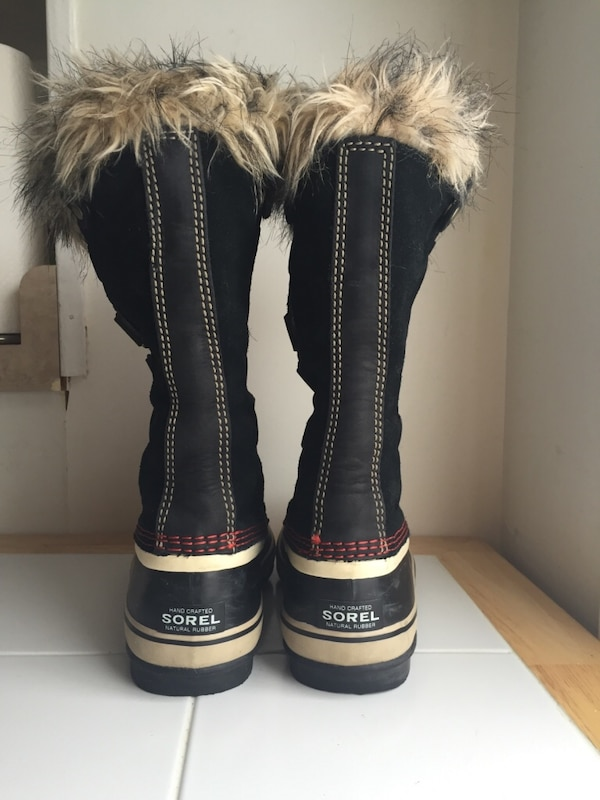 d677ce0abe Used Sorel Women s Joan of Arctic Boots (8.5) for sale in Lincoln Park -  letgo