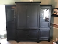 7' tall x 8' wise entertainment center Edmond, 73003