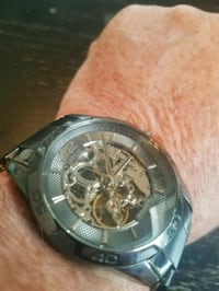 Mens automatic Relic watch looks and runs great