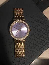 Women's Michael Kors watch(GENUINE)