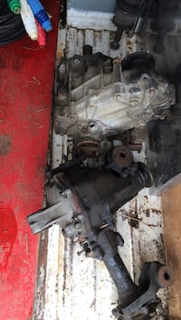 1989 Toyota 4runner 488 front diff and transfer case Pitt Meadows, V3Y