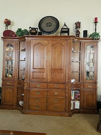 Entertainment wall unit w/lighted curio cabinets Princeton, 08540