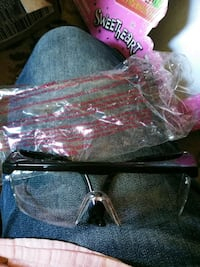 New Safety glasses Inwood, 25428
