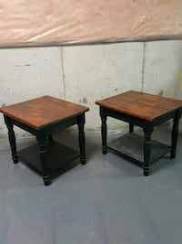 2 matching side tables  Oakville, L6H 7P2