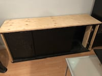 Brown and black wooden aquarium or tv stand Dollard-des-Ormeaux, H9G 1G8