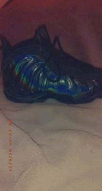 Black holographic Nike Foamposite size 8 Indianapolis, 46218
