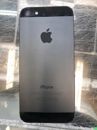 Used iPhone 5 with 32 GB inbuit storage in space grey colour Toronto, M9V 2X6