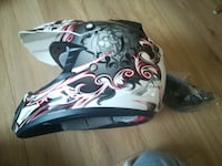 NEW THH motorcycle helmet Size M 埃德蒙顿, T6M 2A3