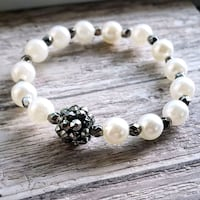Handmade faux pearl with large crystal black bead! Warren, 44484