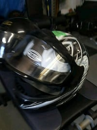 black and gray full-face helmet Wasaga Beach, L9Z 1G3