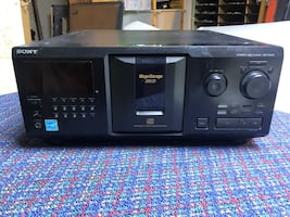 Sony Mega Storage 300 Disk CD Player Changer - CDP-CX355