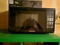 black and gray microwave oven Vancouver, 98683