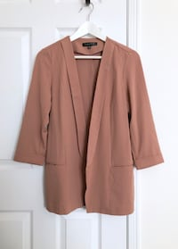 Dynamite Women's blazer size medium- never worn Mississauga, L5M 6C6