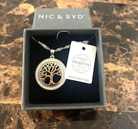 Nic & Syd - Tree of Life Necklace Toronto, M5A 4P9