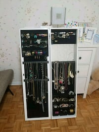 Jewellery cabinet mirror Waterloo, N2L 4G1