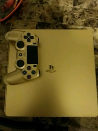 "Gold ps4 "" please read more info tab "" Cincinnati, 45246"