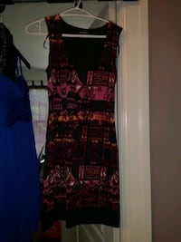 Women's dresses Windsor, N8Y 3E3