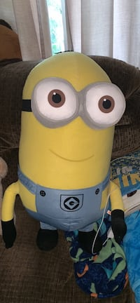 30 inch plush Kevin from minions