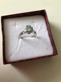 Sterling silver blue topaz/CZ ring size 7 Keswick, L4P 3P2