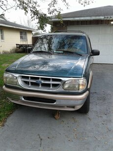 1996 ford explorer eddie bauer edition 5 0l v8 in orlando letgo. Black Bedroom Furniture Sets. Home Design Ideas