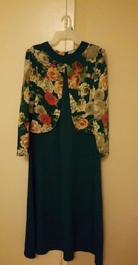 black and multicolored floral long-sleeved dress 562 km